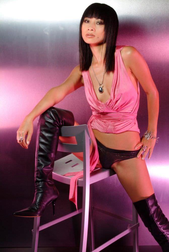 Бай Лин фото в розовом топе