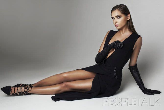 Каролина Севастьянова фотография в платье