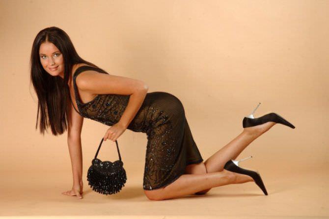 Оксана Фёдорова фотография в чёрном платье
