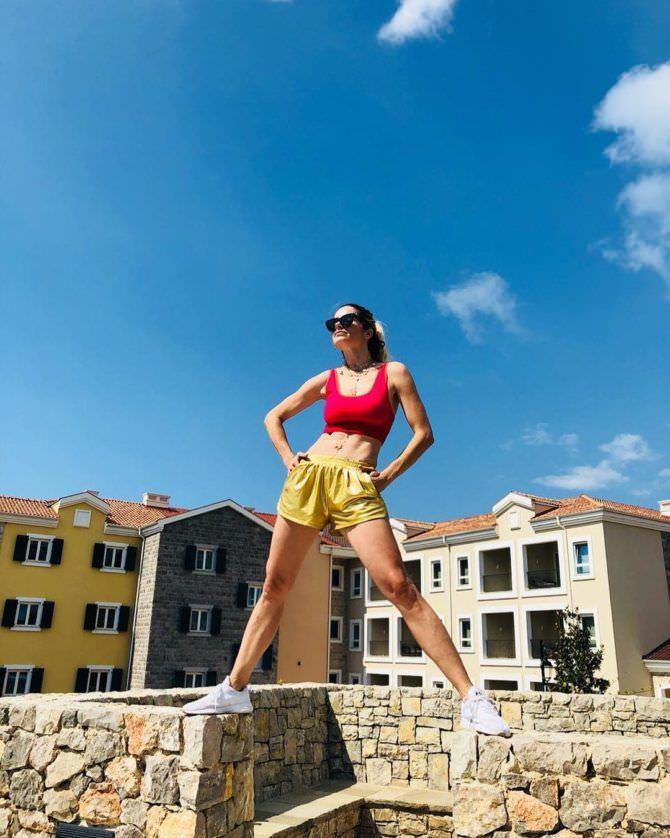 Мария Каран фотография в спортивном костюме