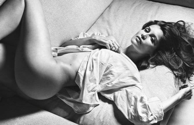 Летиция Каста фото в мятой рубашке