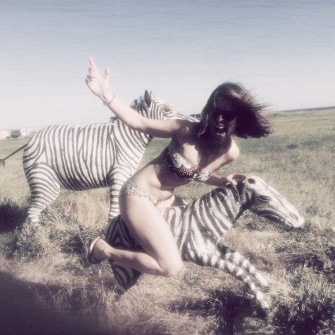 Анна Кузина фото в бикини в инстаграм