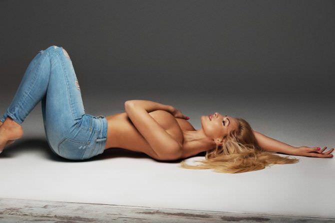 Татьяна Котова фотография в джинсах