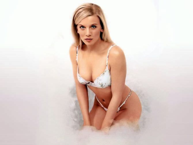 Ева Хаберманн фотография в белом белье