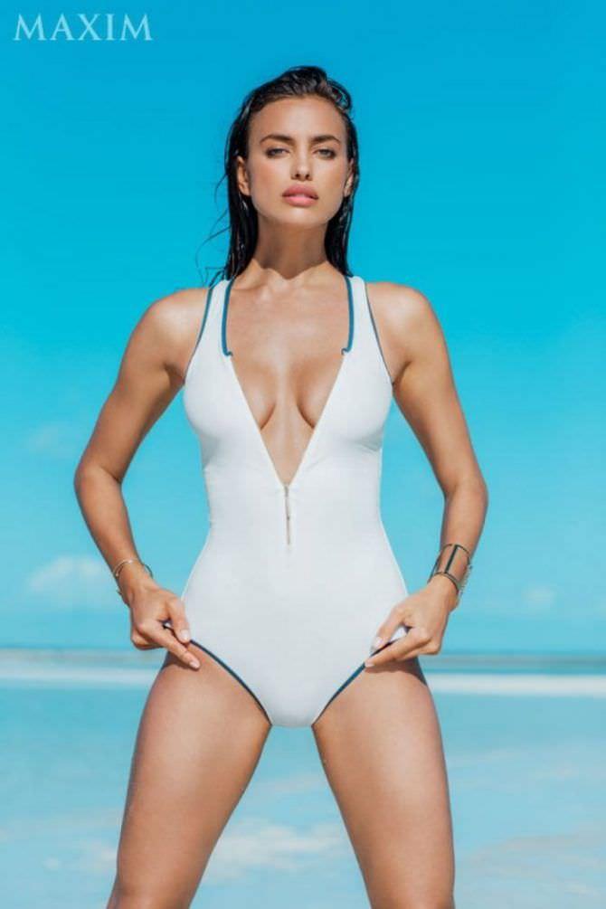 Ирина Шейк фото в белом купальнике в журнале