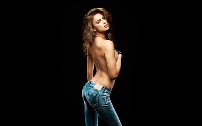 Ирина Шейк фотография в джинсах