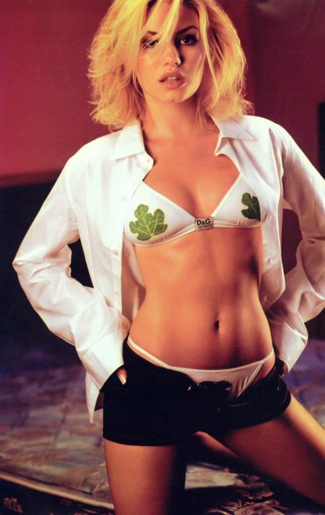 Элиша Катберт фотография в шортах и бикини