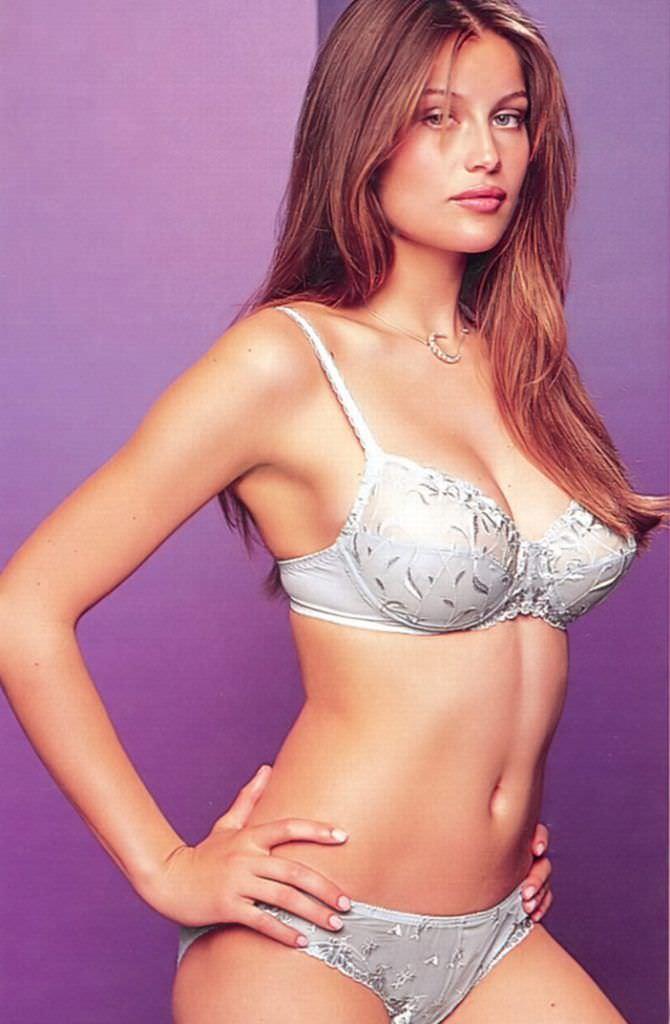 Летиция Каста фото в белом белье