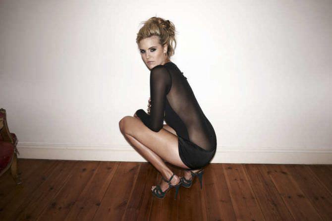 Мэгги Грейс фотография в прозрачном платье