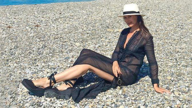 Оксана Фёдорова фотография в шляпе