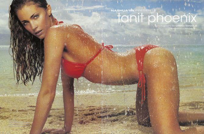 Танит Феникс фото в красном бикини