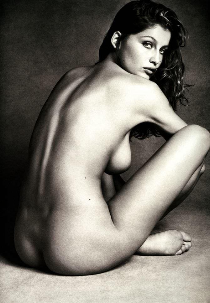 Летиция Каста откровенная фотография без одежды
