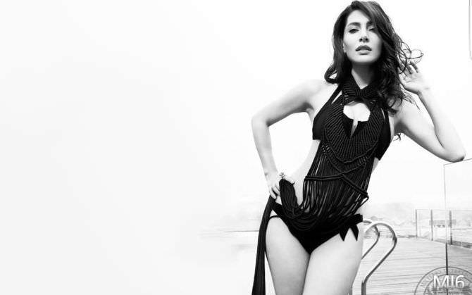 Катерина Мурино чёрно-белое фото в купальнике