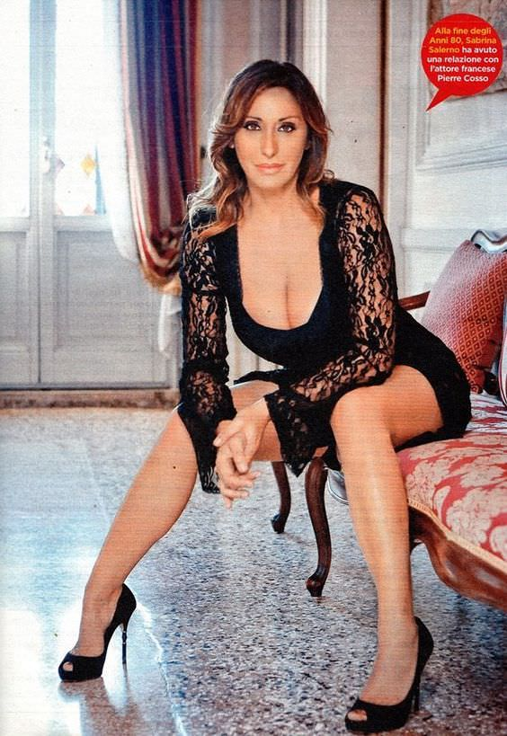 Сабрина Солерно фото в платье