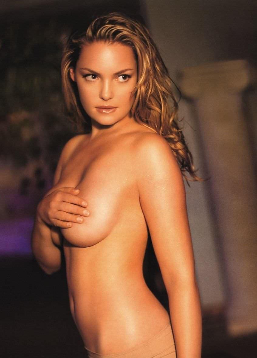 Кэтрин Хайгл фото груди