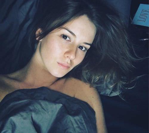 Ирина Старшенбаум фото в кровати