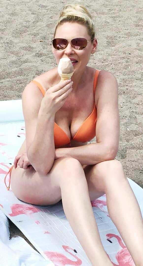 Кэтрин Хайгл фото на отдыхе
