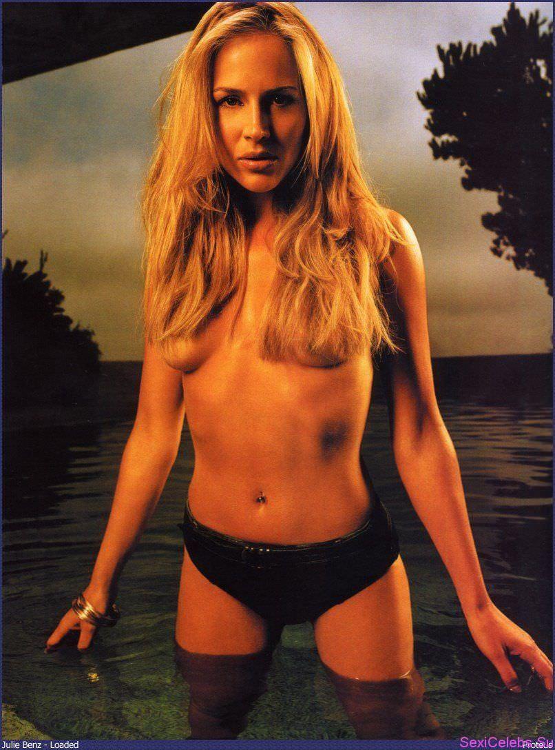 Джули Бенц фото в воде