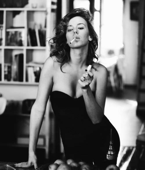 Ирина Старшенбаум фото с сигаретой