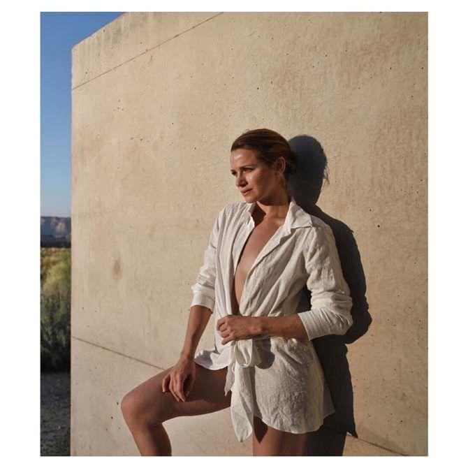 Шантель Вансантен фото в рубашке в инстаграм
