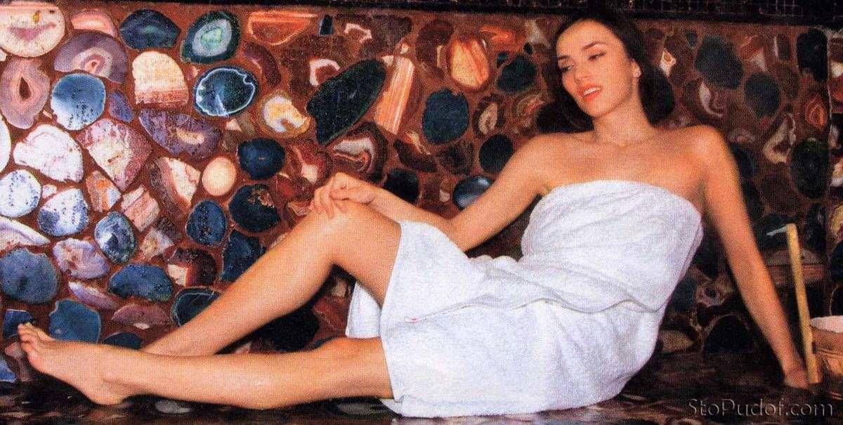Юлия Зимина фото в бане
