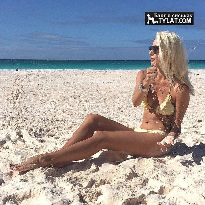 Елена Летучя фото на песке