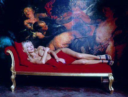 Ирина Салтыкова фото с подушкой