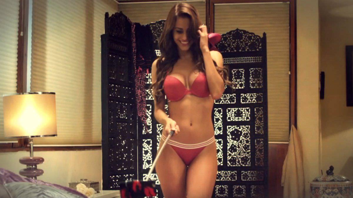 Янет Гарсия фото в спальне