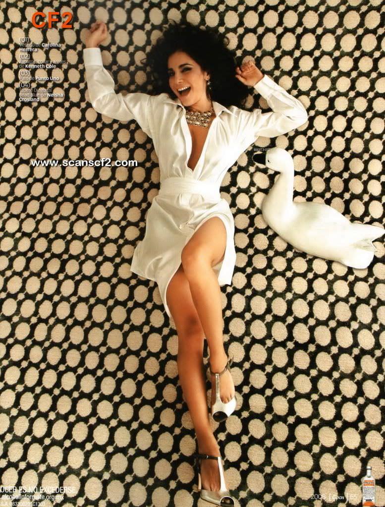 Марта Игареда фото на полу