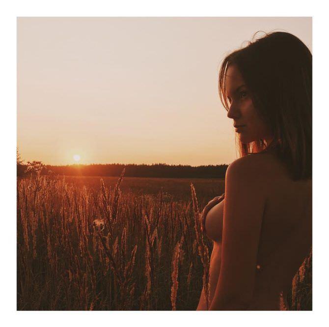 Татьяна Мингалимова фотосессия в поле