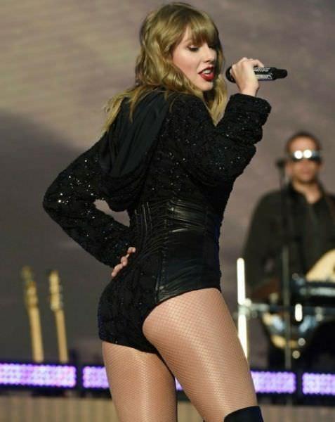 Тейлор Свифт фото в коротких шортах