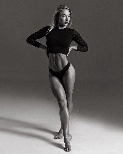Мария Соколова черно-белое фото