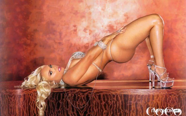 Николь Остин фото для мужского журнала Playboy