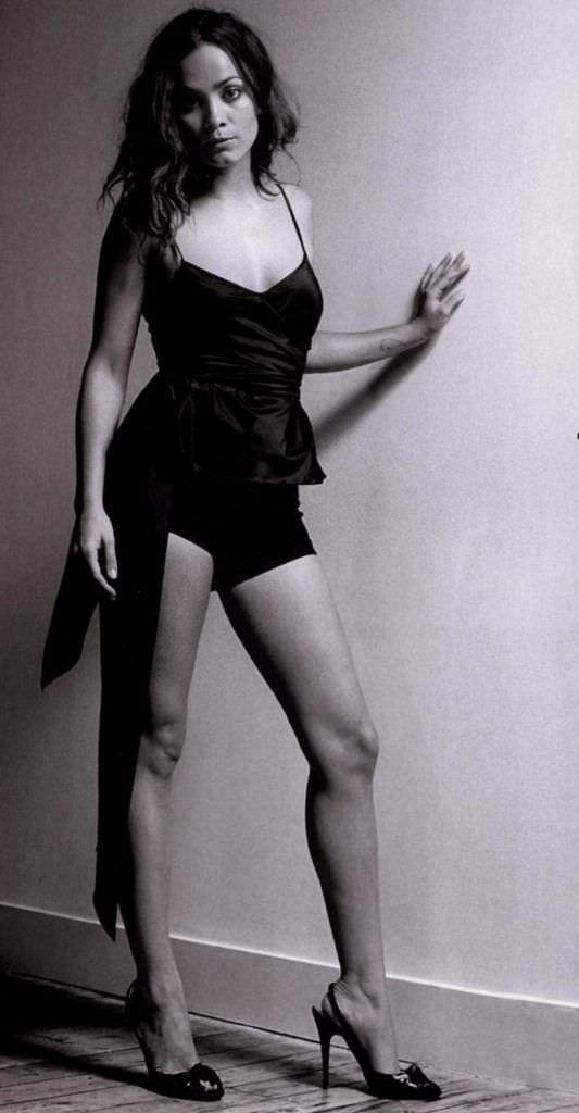 Алиси Браге черно-белое фото