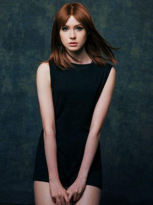 Карен Гиллан фото в платье