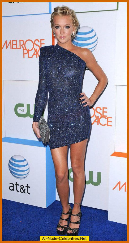 Кэтрин Кэссиди фото в красивом платье