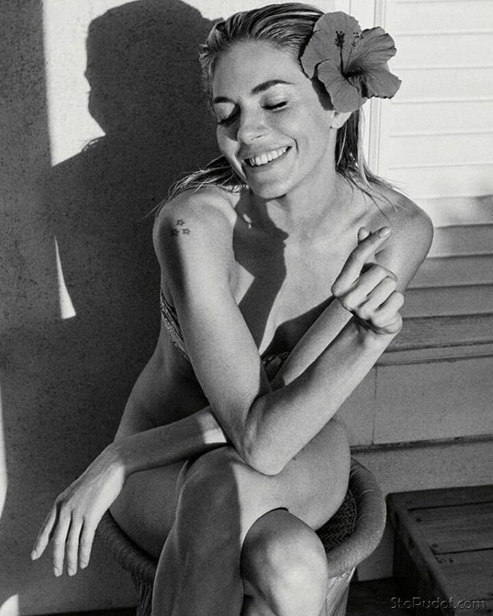 Сиенна Миллер фото без одежды