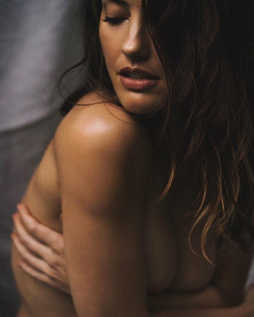 Минка Келли фото без одежды