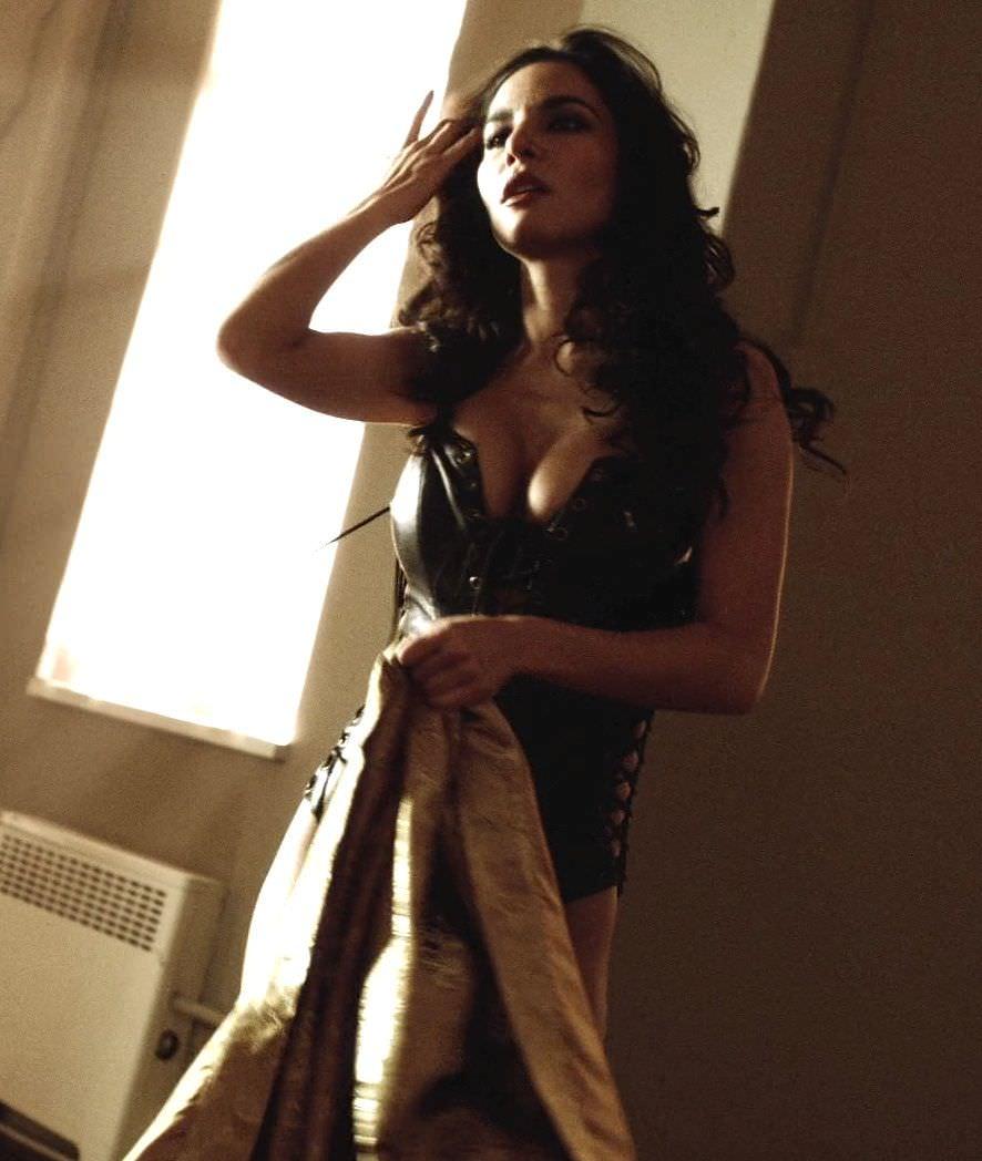 Марта Игареда фото с распущенными волосами