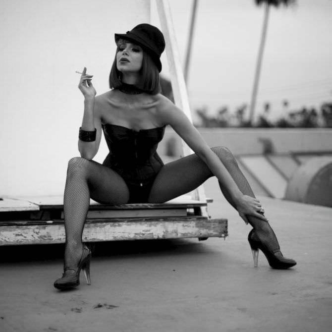 Розалин Санчес фотография в шляпке в и нстаграм