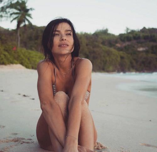 Елена Темникова фото на песке