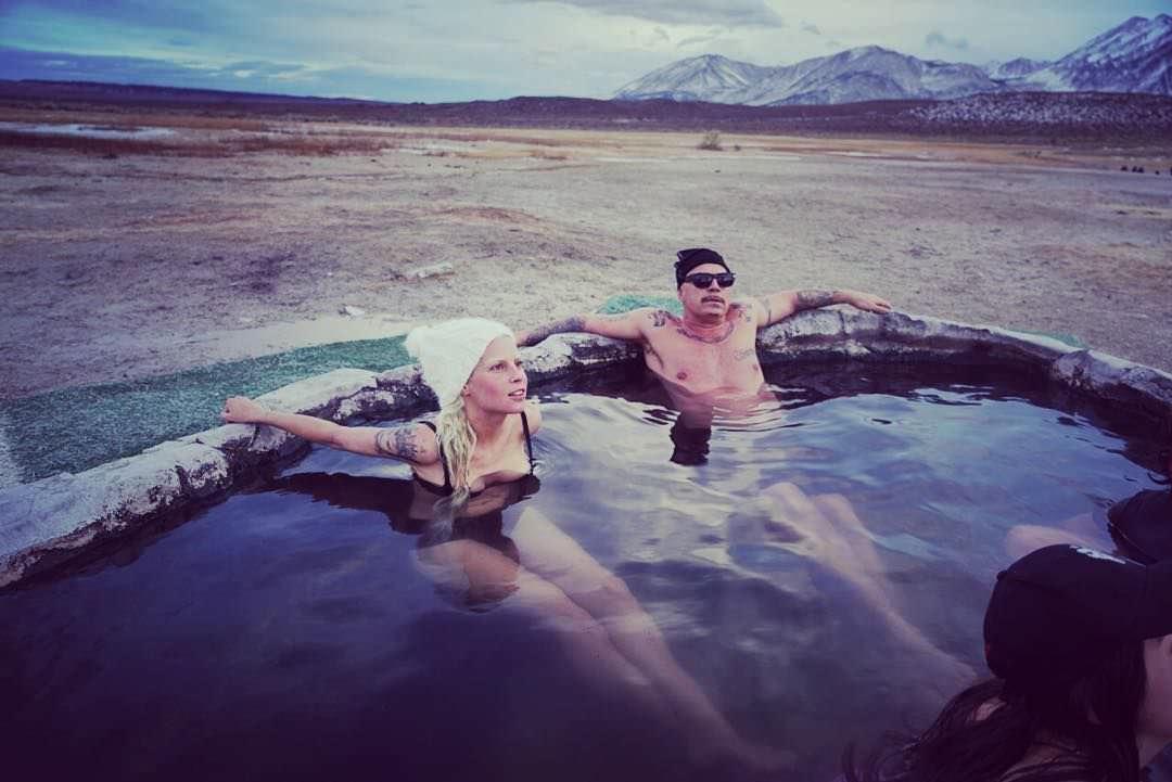 Йоланди Фиссер фото в воде
