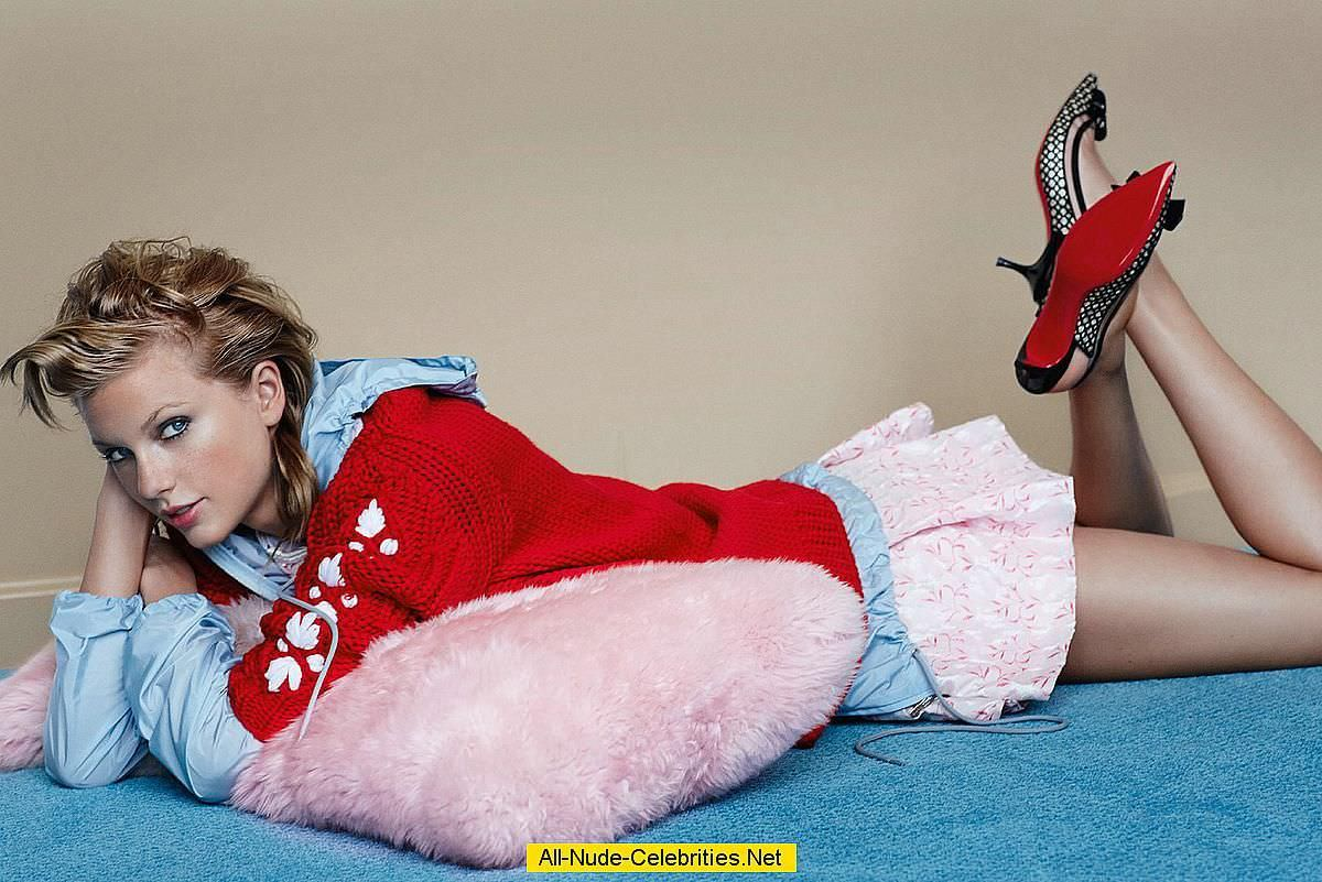 Тейлор Свифт фото на полу