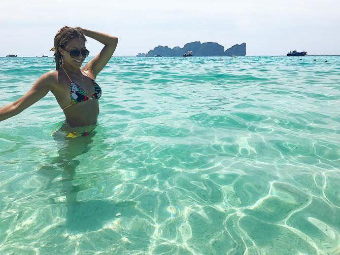 Ольга Веникова фотография в инстаграм в море