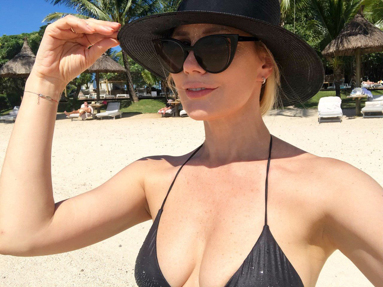 Елена Летучая фото на пляже