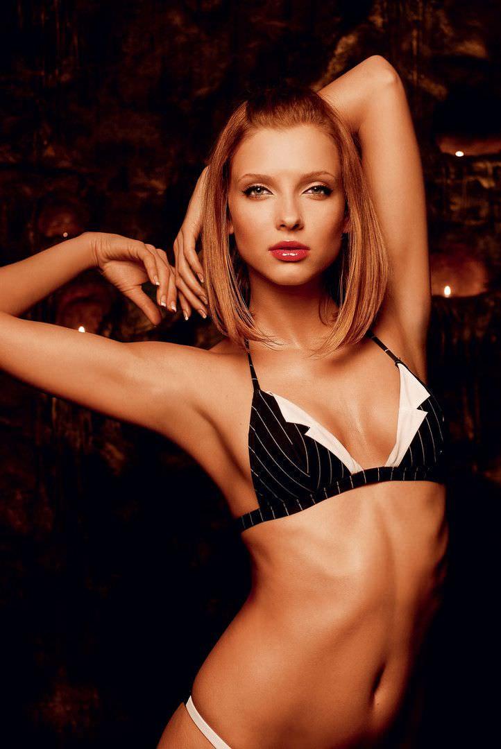 Светлана Степанковская фото в черном белье