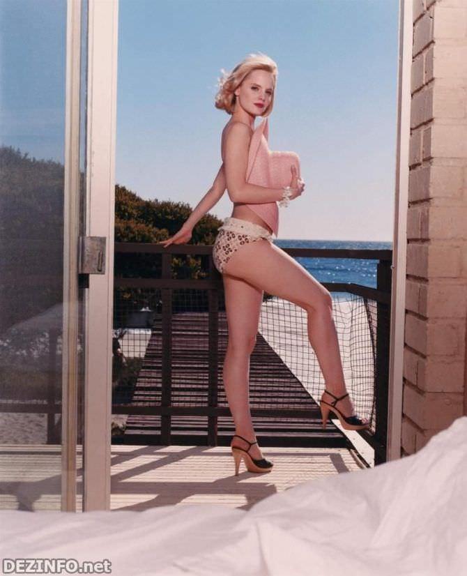 Мина Сувари фото на балконе