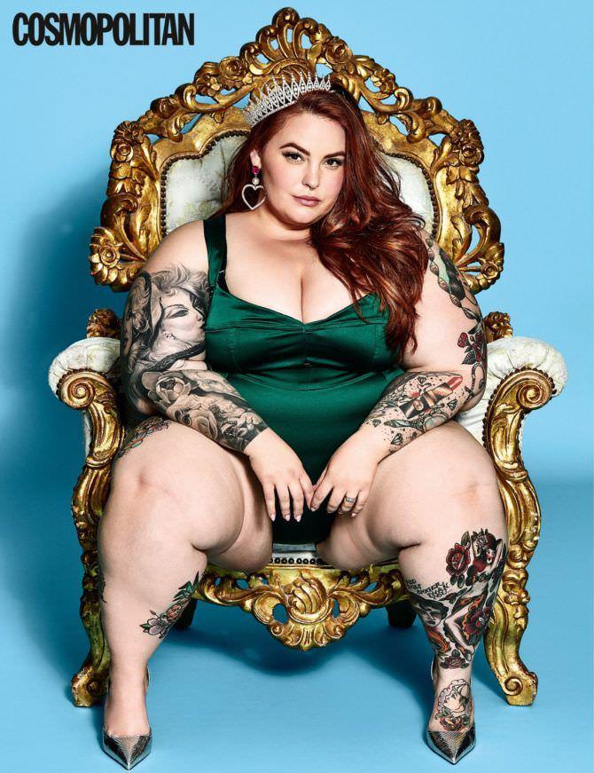 Тесс Холлидей фотография на троне из журнала
