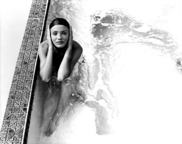 Кэмерон Диаз черно-белое фото