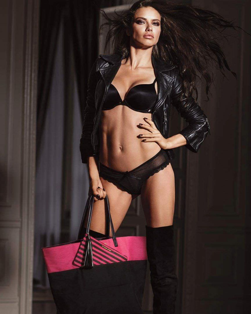 Андриана Лима фото в кожаной куртке